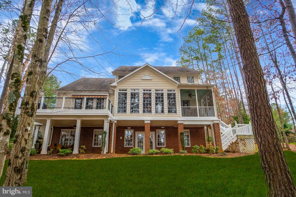 Fawn Lake Dream home with three finished levels - 11519 GENERAL WADSWORTH DR, SPOTSYLVANIA