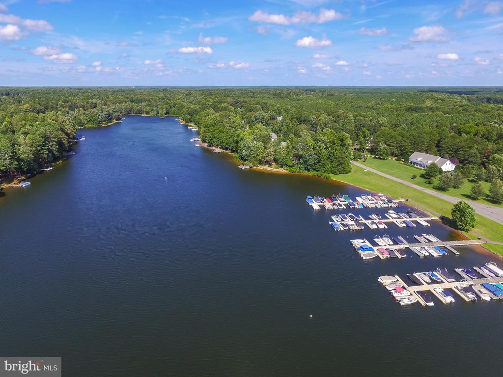 Fawn Lake Marina with Boat Docks - 11519 GENERAL WADSWORTH DR, SPOTSYLVANIA