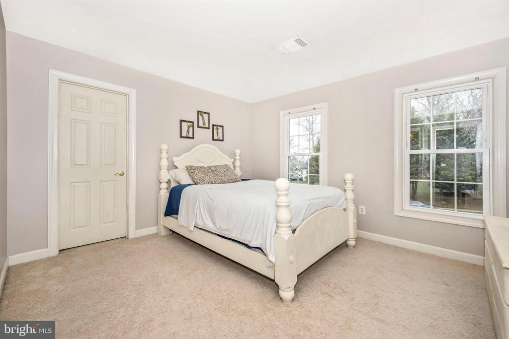 Bedroom 2 - 2983 SUMMIT DR, IJAMSVILLE