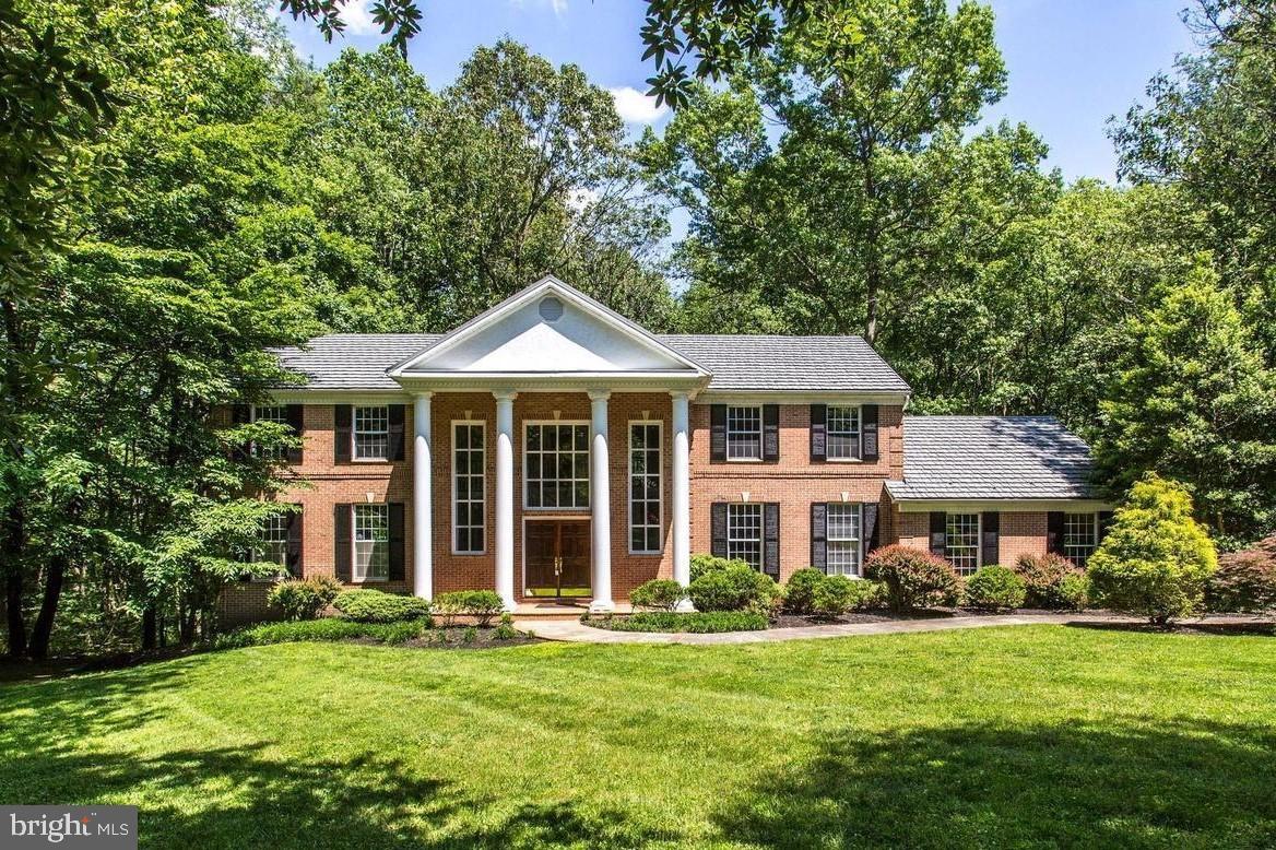 Single Family Homes pour l Vente à Brinklow, Maryland 20862 États-Unis