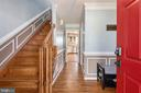 Exquisite wood staircase - 42 MOURNING DOVE DR, STAFFORD