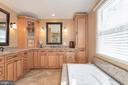 High end remodel in master bathroom - 42 MOURNING DOVE DR, STAFFORD