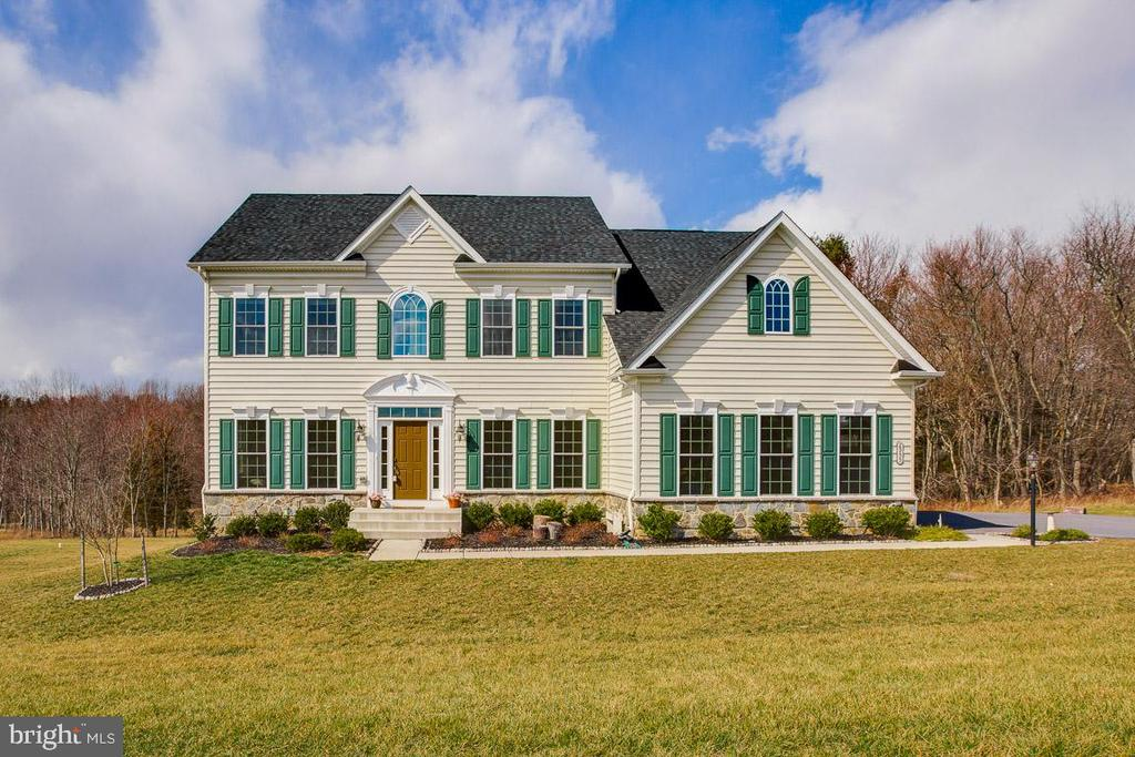 Welcome to your DREAM HOME - 2955 BRUBECK TER, IJAMSVILLE