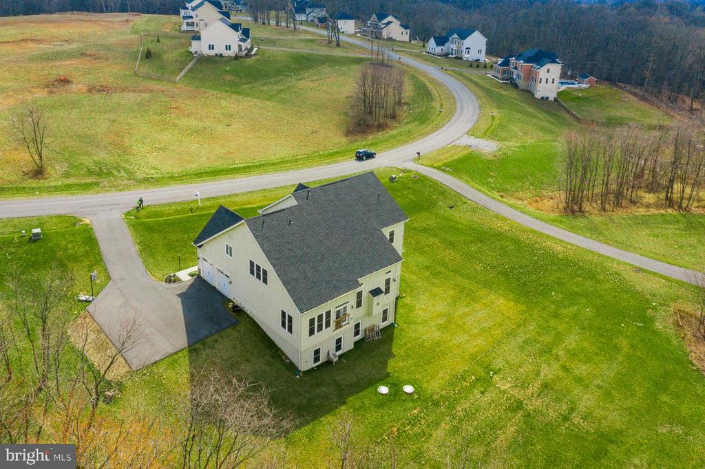 Gorgeous home among other gorgeous homes - 2955 BRUBECK TER, IJAMSVILLE