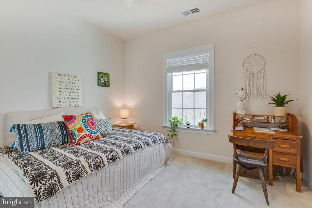 Bedroom Four en suite - 2955 BRUBECK TER, IJAMSVILLE