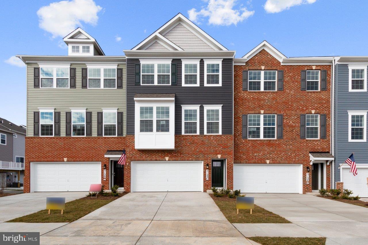 Single Family Homes für Verkauf beim Frederick, Maryland 21703 Vereinigte Staaten
