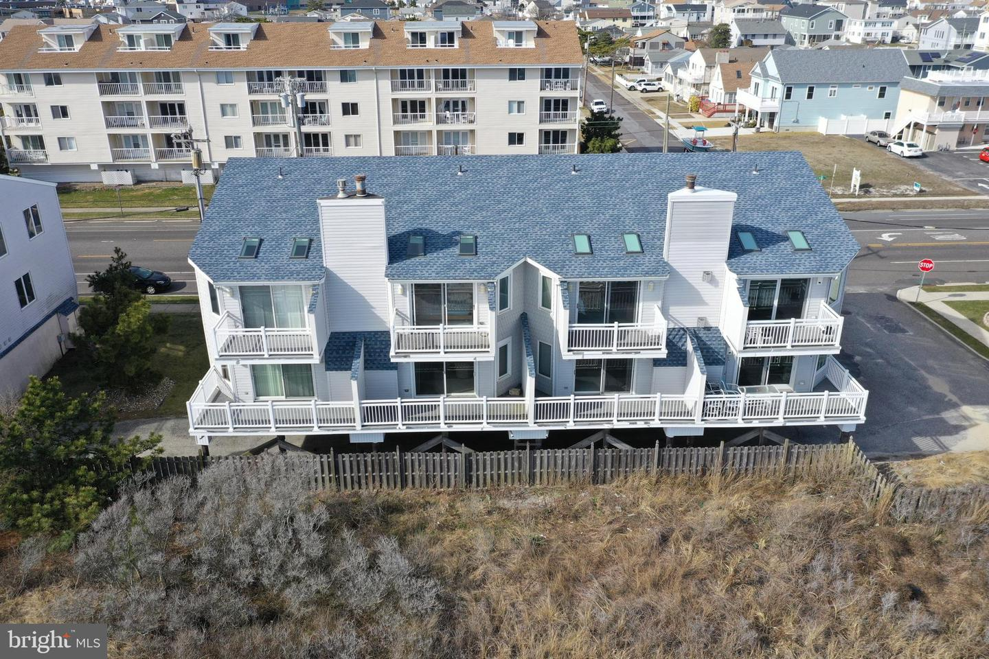 Single Family Homes pour l Vente à Brigantine, New Jersey 08203 États-Unis