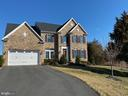 - 26654 VANDERVIEW PL, CHANTILLY