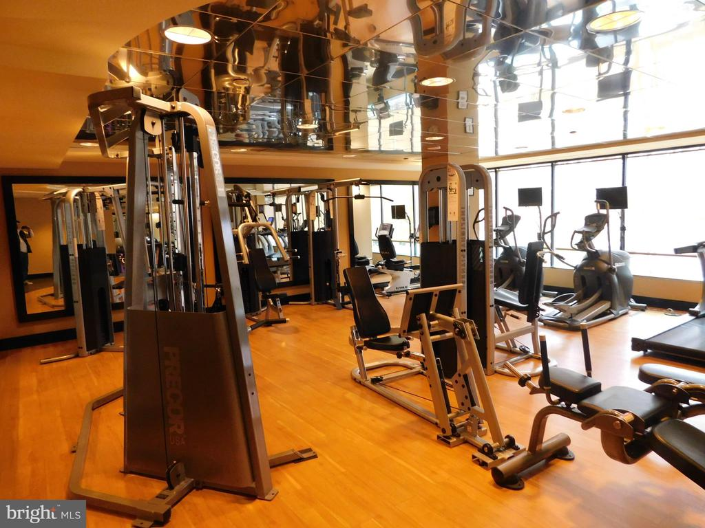 Fitness Center - 11700 OLD GEORGETOWN RD #314, NORTH BETHESDA