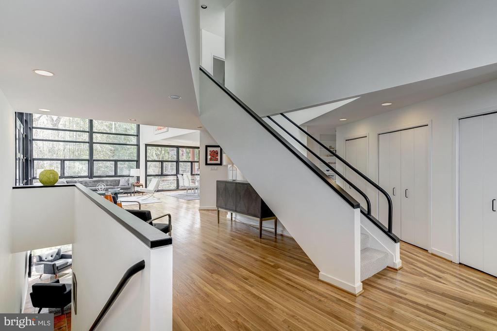 Clean Lines and Striking Angles - 4708 DORSET AVE, CHEVY CHASE