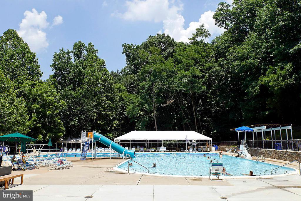 The Town of Somerset Pool - 4708 DORSET AVE, CHEVY CHASE