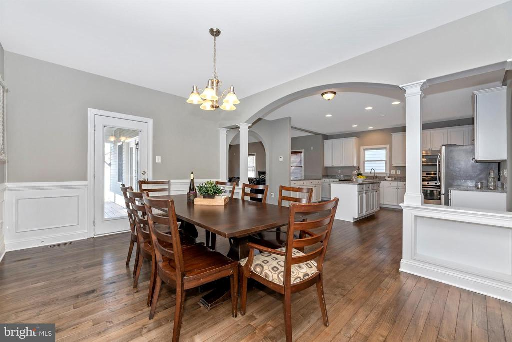 - 3816 CARRIAGE HILL, FREDERICK