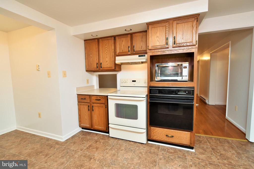 Kitchen - 424 PEMBROKE WAY, CHARLES TOWN