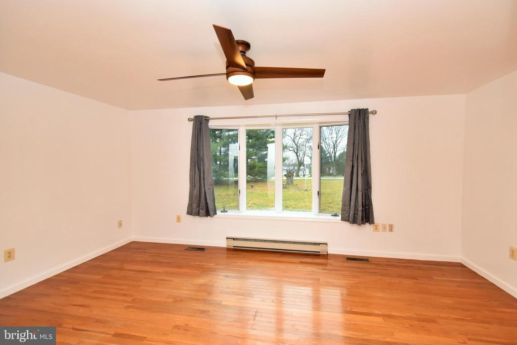 Formal Living Room with Bay Window - 424 PEMBROKE WAY, CHARLES TOWN