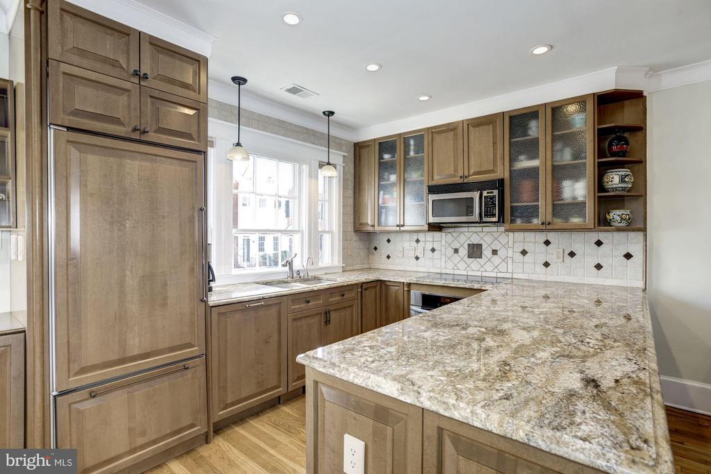 Kitchen - 1690 32ND ST NW, WASHINGTON