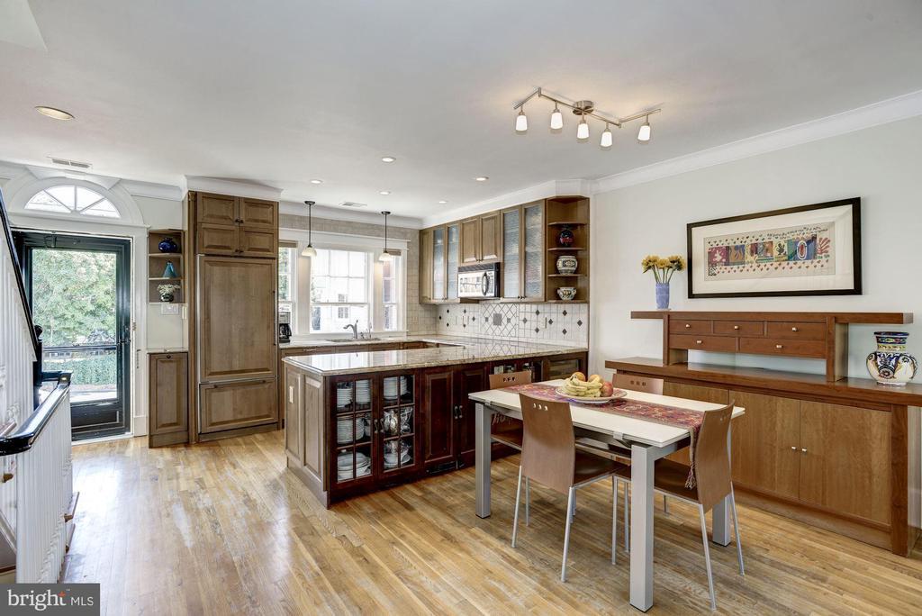 Living Room - 1690 32ND ST NW, WASHINGTON