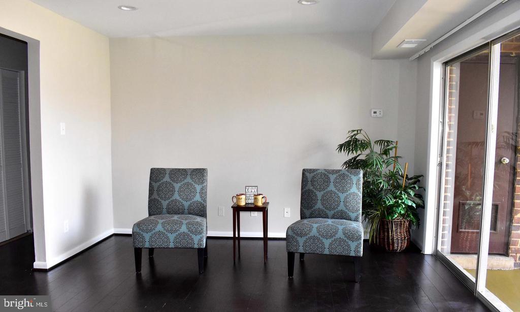 Living Room - 11614 VANTAGE HILL RD #21C, RESTON