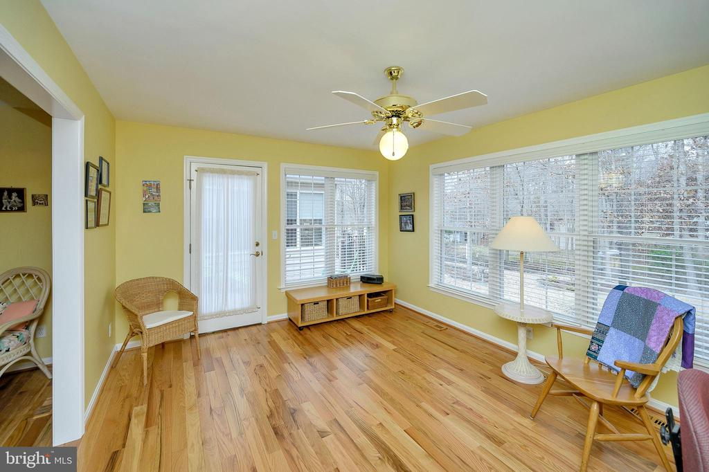 Sitting room off master with access to deck. - 509 MT PLEASANT DR, LOCUST GROVE