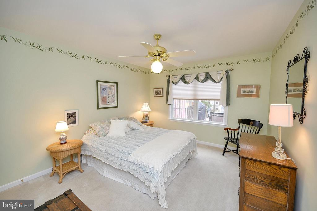 2nd bedroom - 509 MT PLEASANT DR, LOCUST GROVE