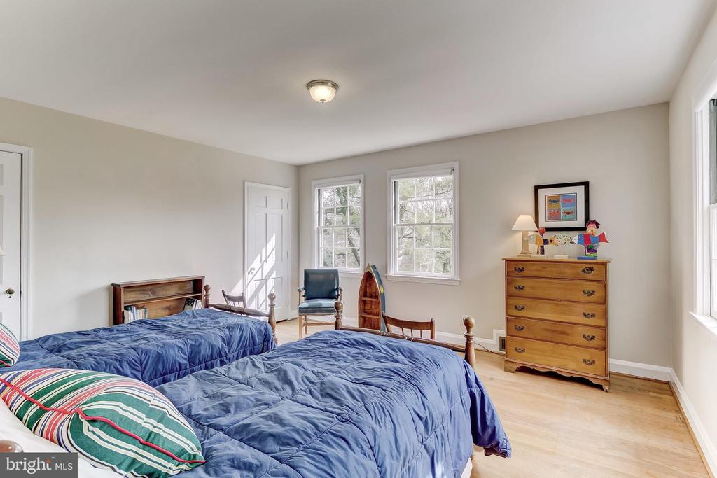 Bedroom 4 - 103 SAINT DUNSTANS RD, BALTIMORE