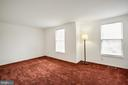 Large and bright master bedroom - 304 SEDGWICK CT, STAFFORD
