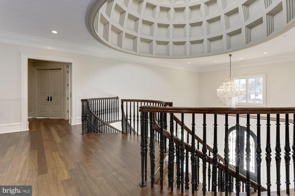 Double Staircase with Dome Feature - 3301 FESSENDEN ST NW, WASHINGTON