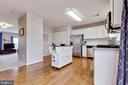 Kitchen - 5353 TORTOISE PL, WOODBRIDGE