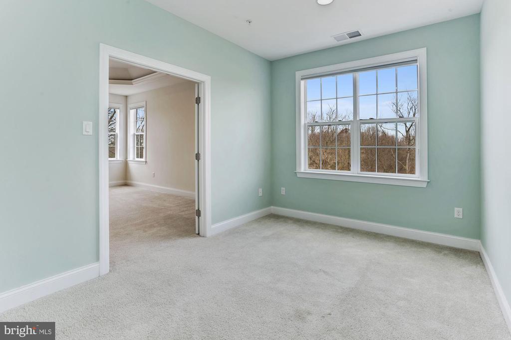 Master Bedroom Sitting Room - 11022 BLEVINS DR, CLARKSVILLE