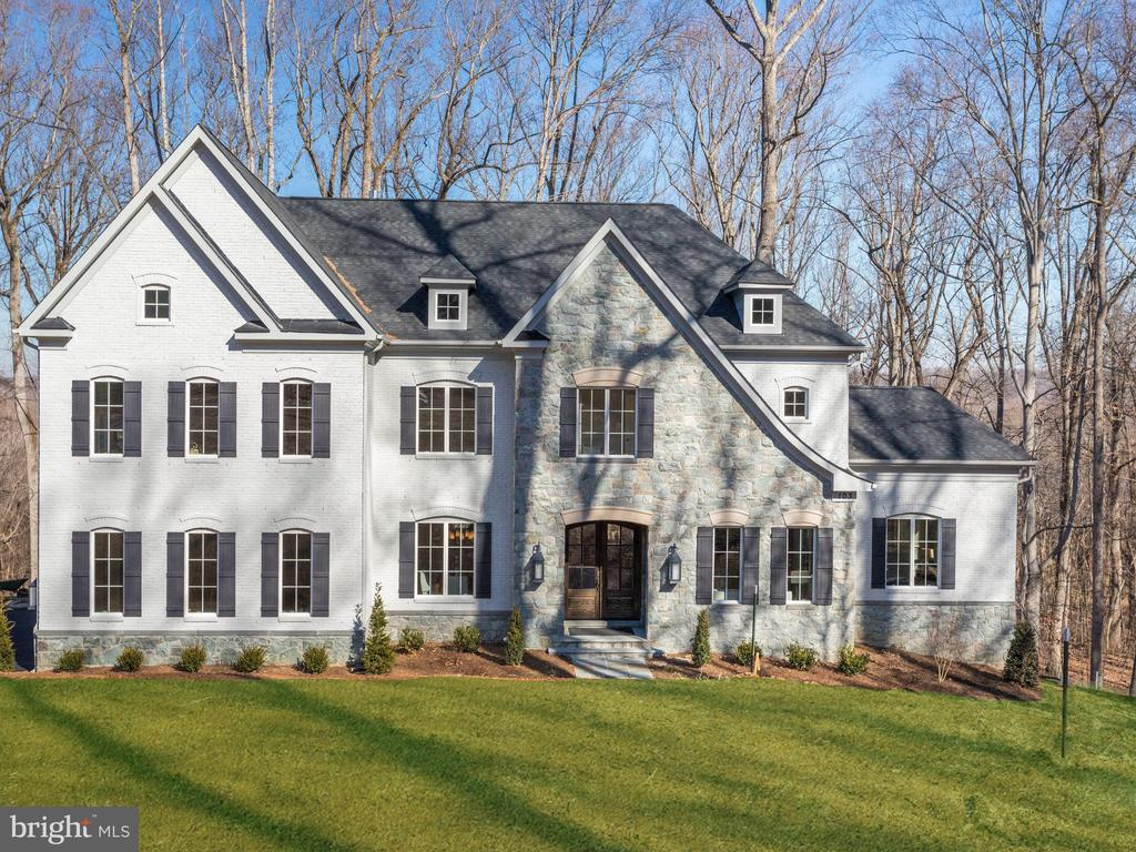 Modern Colonial on over 5 acres to be built - 9978 BLACKBERRY LN, GREAT FALLS