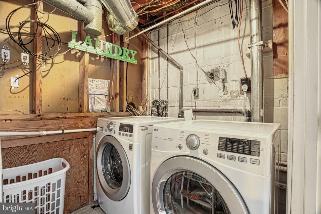 Laundry - 6000 RIVANNA DR, SPRINGFIELD