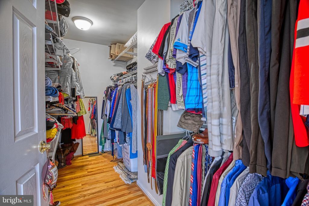 HUUUGE Master Closet! - 6000 RIVANNA DR, SPRINGFIELD