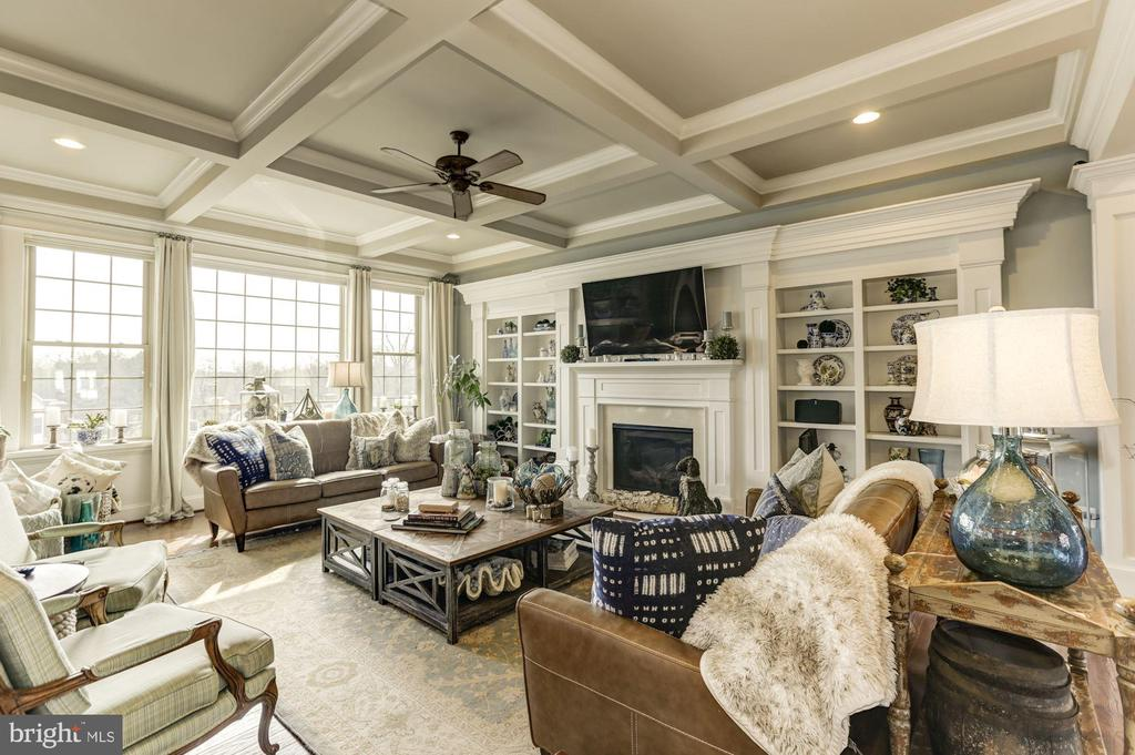 Family Room - 26858 WINTER WREN CT, CHANTILLY