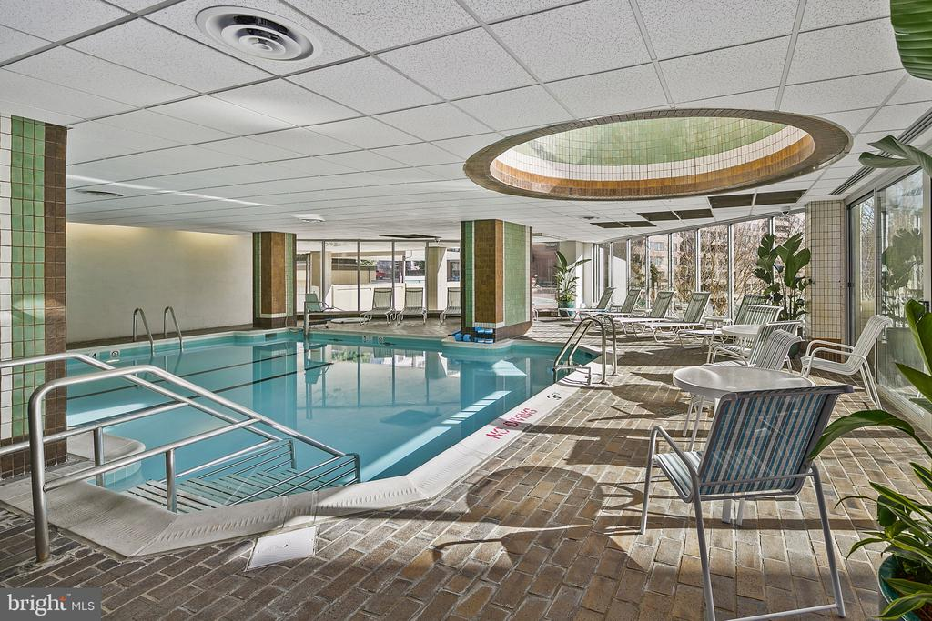 Indoor Swimming Pool. - 4601 N PARK AVE #1706, CHEVY CHASE