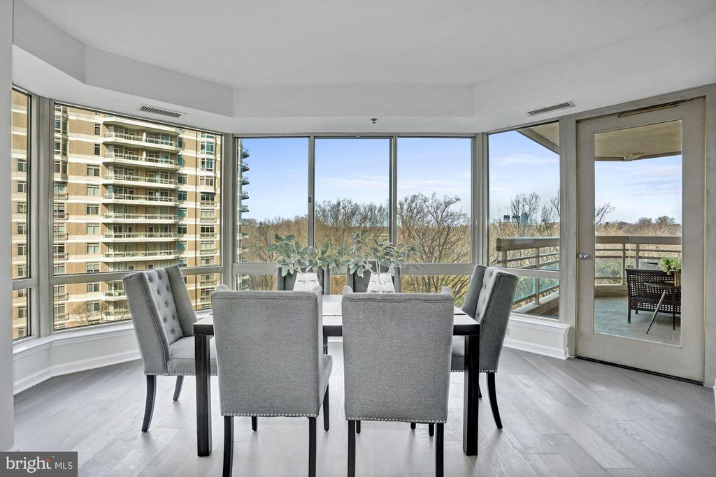 Dining room with gorgeous tree views - 5600 WISCONSIN AVE #902, CHEVY CHASE