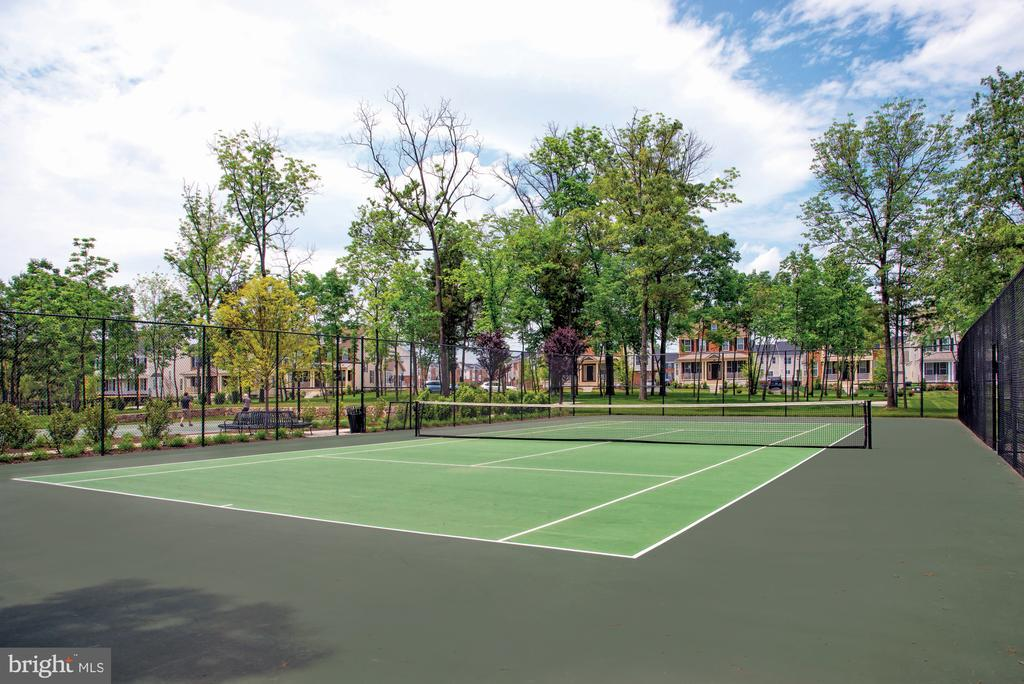 LV Ridges Tennis Court - 23255 MILLTOWN KNOLL SQ #108, ASHBURN