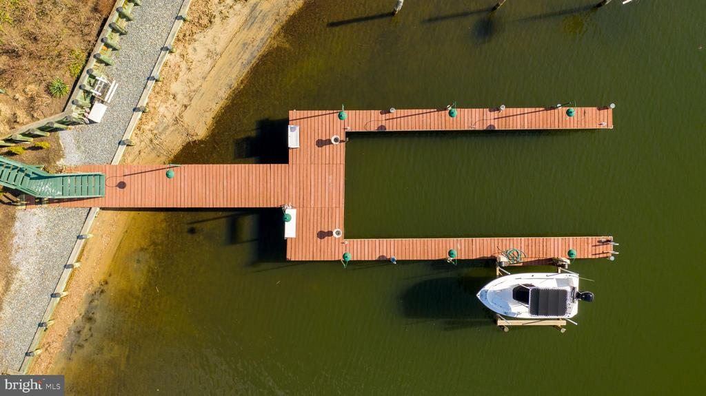 Aerial View of Private Pier - 1128 ASQUITH DR, ARNOLD