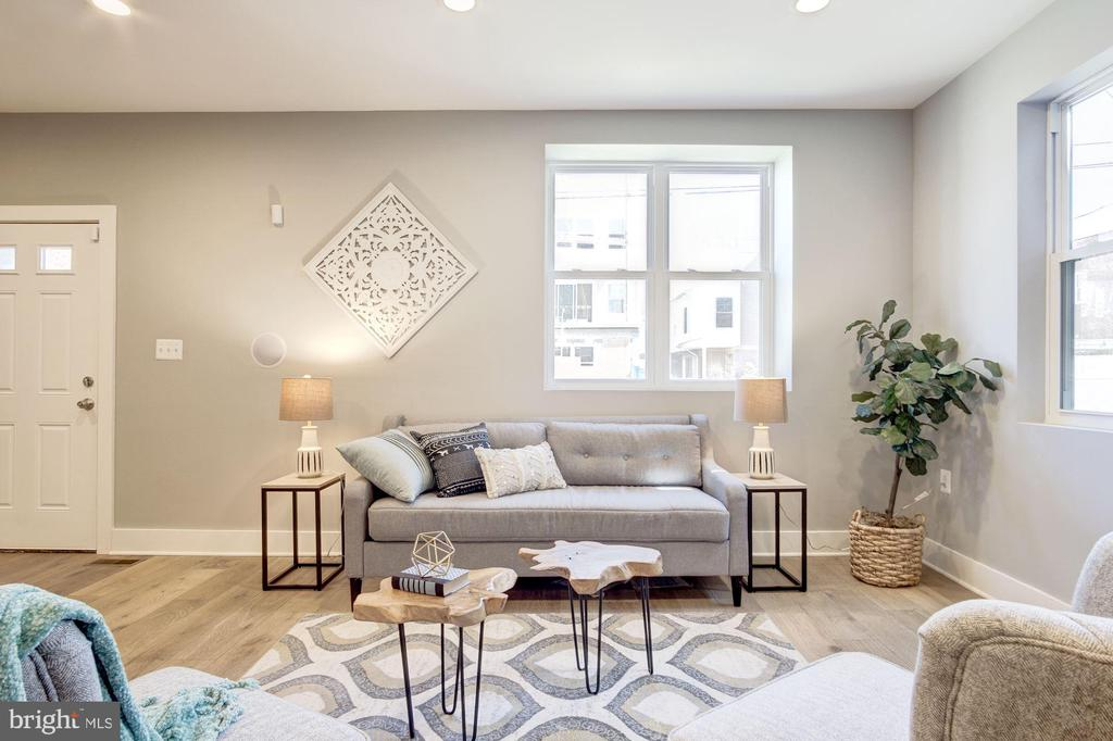 Living Area - 1838 PROVIDENCE ST NE #1, WASHINGTON