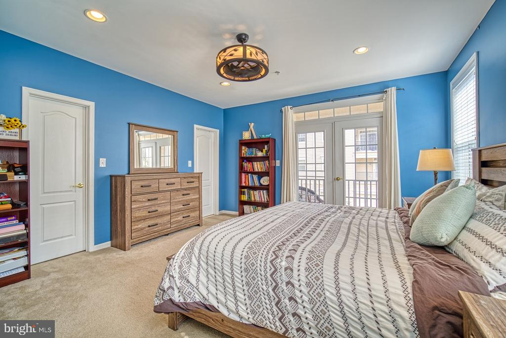 Master Bedroom has TWO Walk-in Closets - 22728 BEACON CREST TER, BRAMBLETON