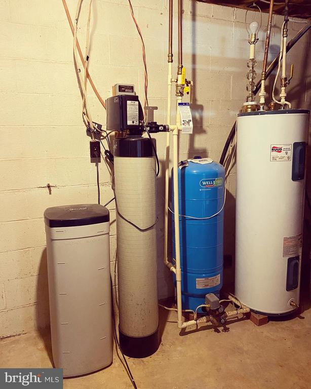 Water Treatment System - 424 PEMBROKE WAY, CHARLES TOWN
