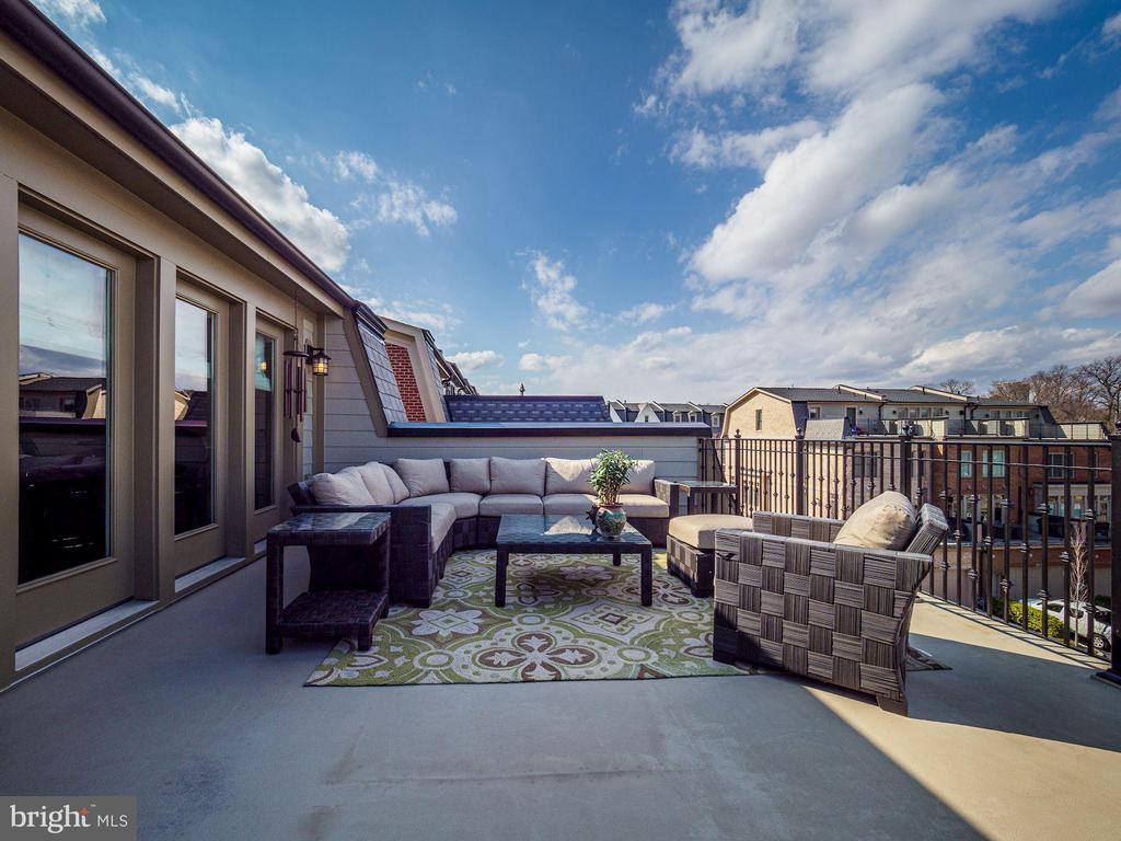 Rooftop Deck - 10869 SYMPHONY PARK DR, NORTH BETHESDA