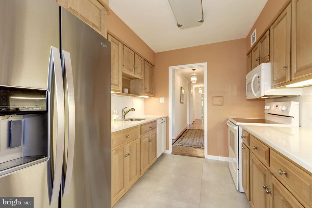 Updated Kitchen very nice backsplash, floor and - 5100 DORSET AVE #505, CHEVY CHASE