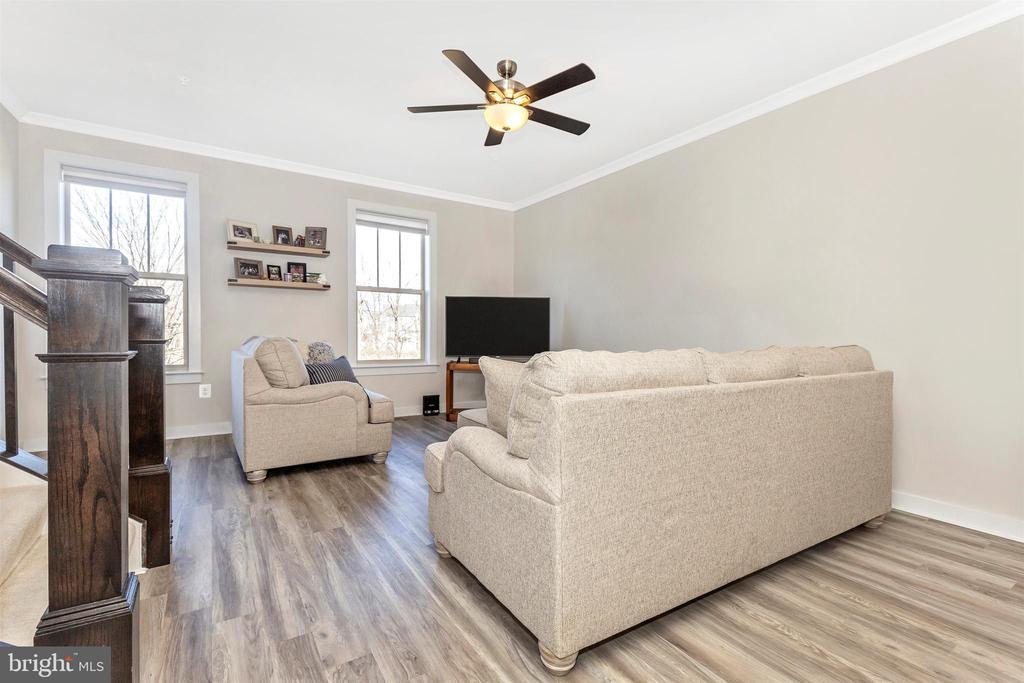 Upper Level 1-Living Room - 823 BADGER AVE, FREDERICK