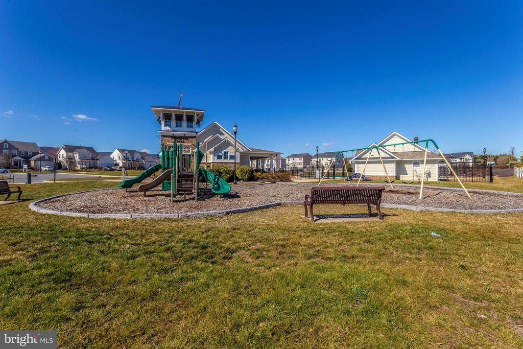 Community-Tot Lot/Playground - 823 BADGER AVE, FREDERICK