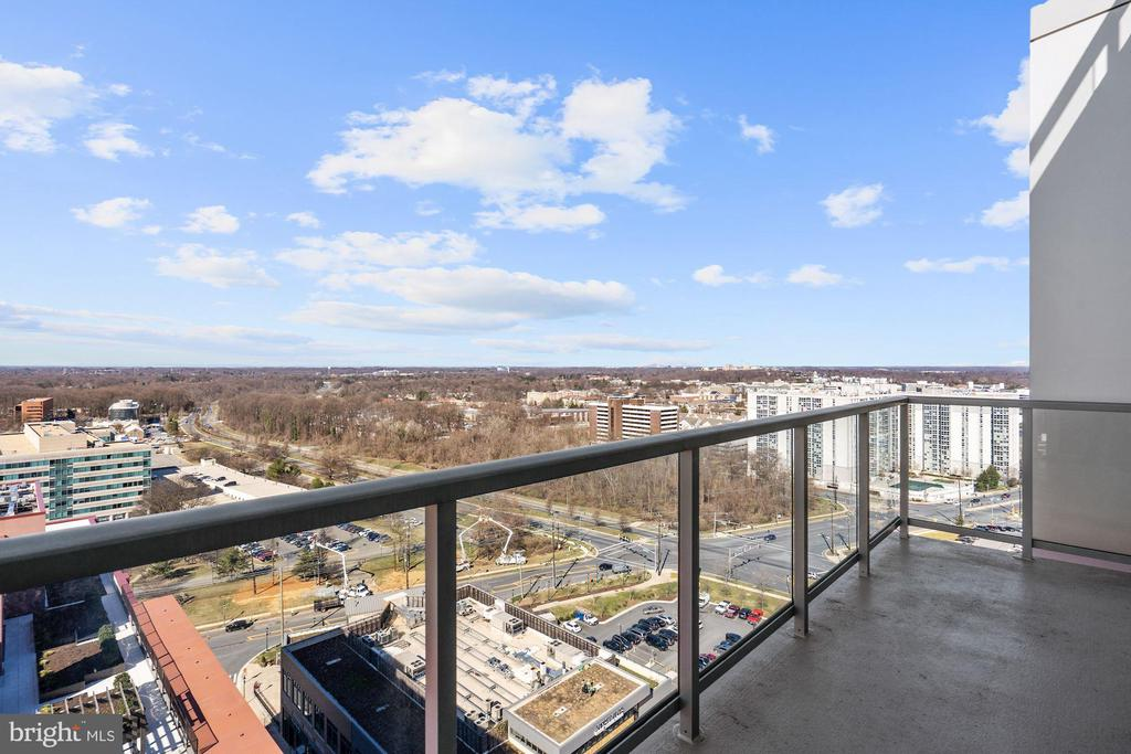 This is amazing! - 930 ROSE AVE #PH2102, ROCKVILLE