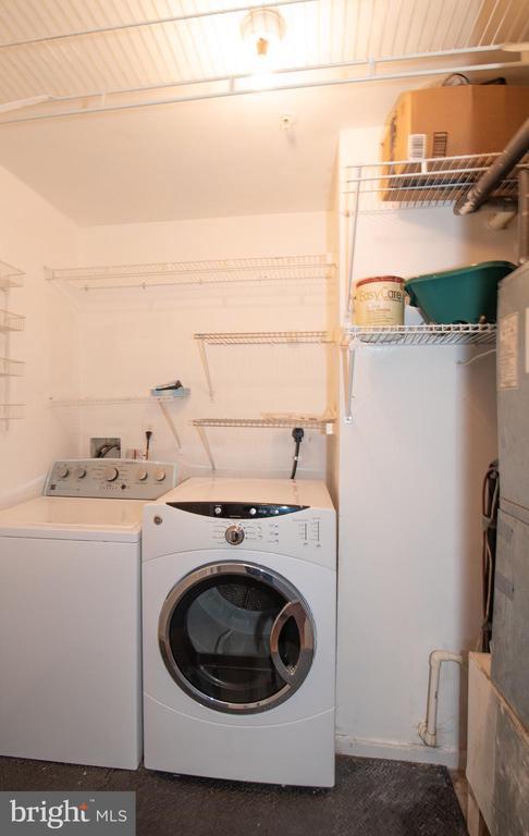 In-Unit Laundry - 18310 FEATHERTREE WAY #102-288, GAITHERSBURG
