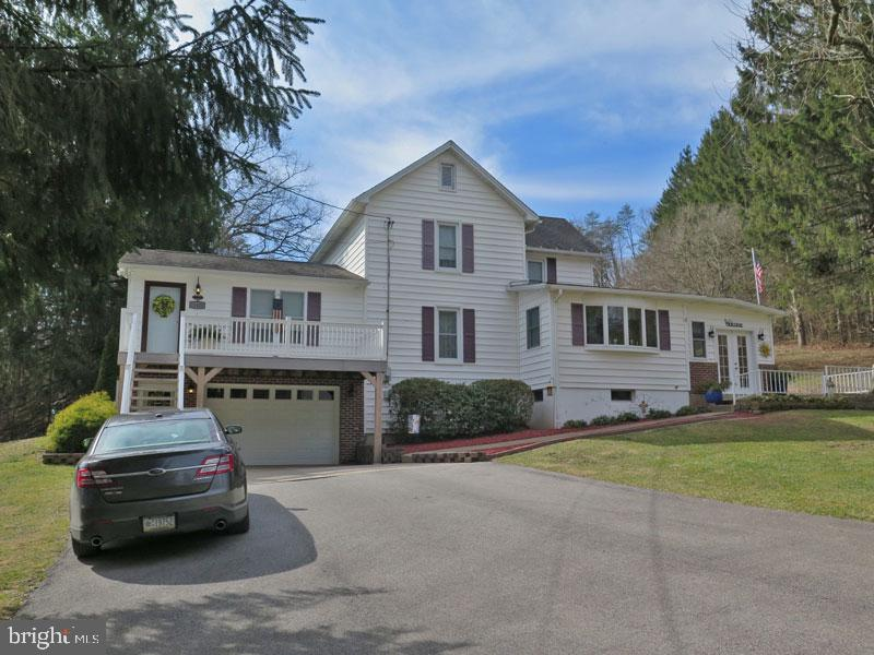 Single Family Homes για την Πώληση στο Mount Union, Πενσιλβανια 17066 Ηνωμένες Πολιτείες