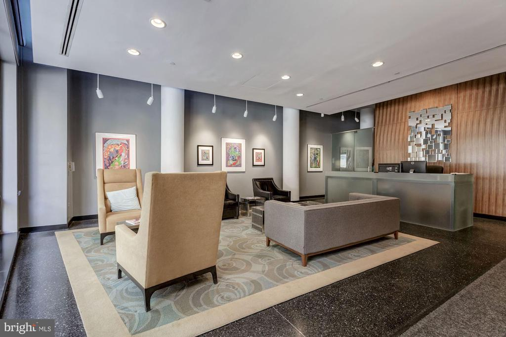 Beautiful Lobby With Daily Front Desk - 912 F ST NW #1106, WASHINGTON