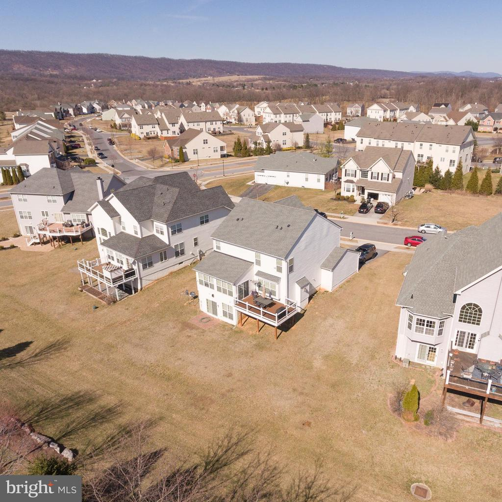 Club house, tot lots, paved walking trails - 108 E. STATION TER., MARTINSBURG