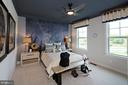- 35670 PLATINUM DR, ROUND HILL