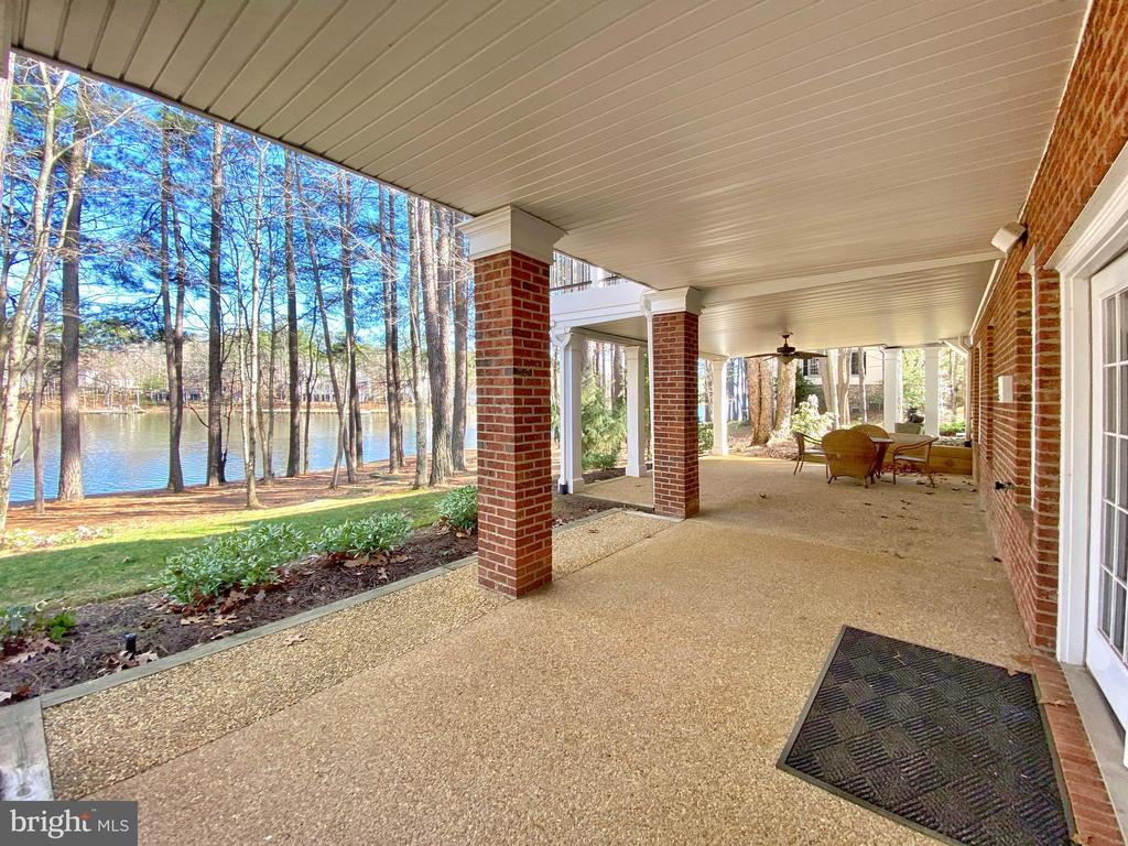 Expansive covered Patio overlooking Fawn Lake! - 11519 GENERAL WADSWORTH DR, SPOTSYLVANIA